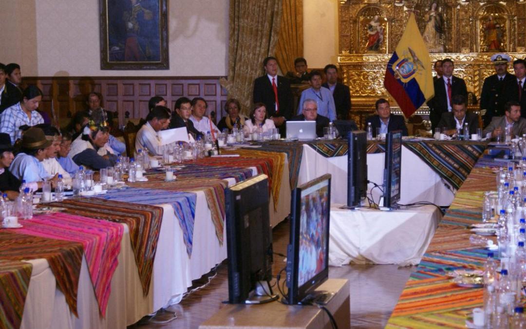 Entre el conflicto y el diálogo: el retorno de la política en Ecuador